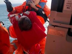 福建一渔船在汕头海域触礁 4人遇难4人失联
